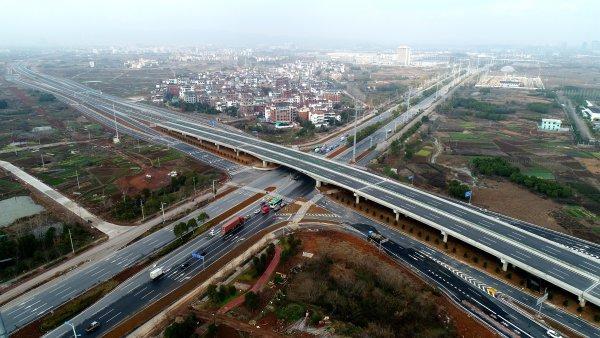 临安至缙云公路义乌城西至佛堂段(疏港快速路),与甬金高速公路正式