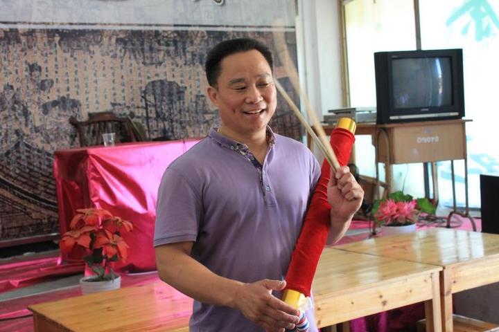 浙江在线金华频道 即时报道         叶心怡主修的是琵琶的,对民族的图片