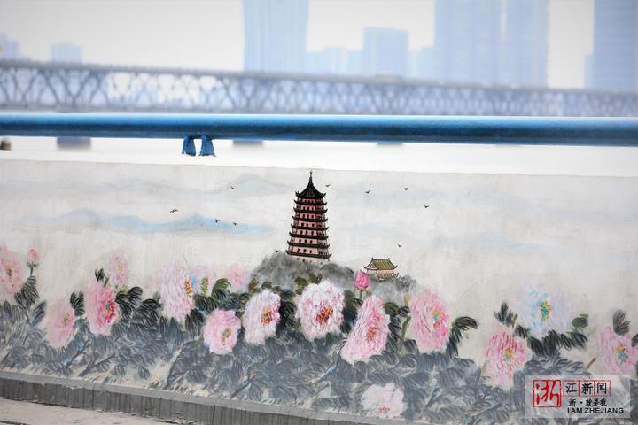 """厉害了!杭州钱塘江堤岸上可看""""西湖三十景"""""""