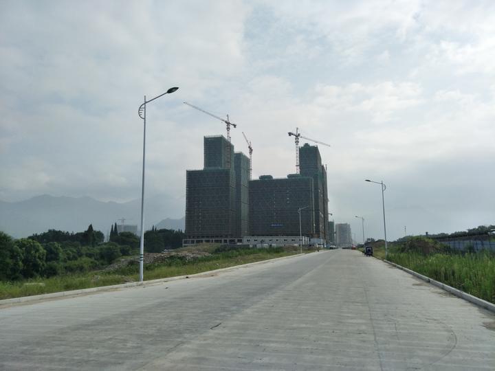 青田县温溪镇小城市培育迈出新步伐