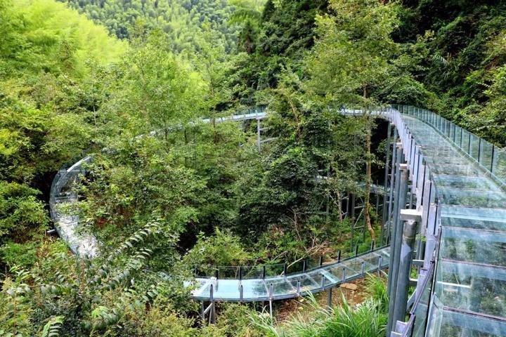 台州这条高空玻璃滑道漂流,今天开漂啦!1680米长