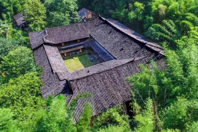 房子风景区图片