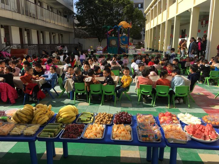 城东中心幼儿园李宅园区举办美食节