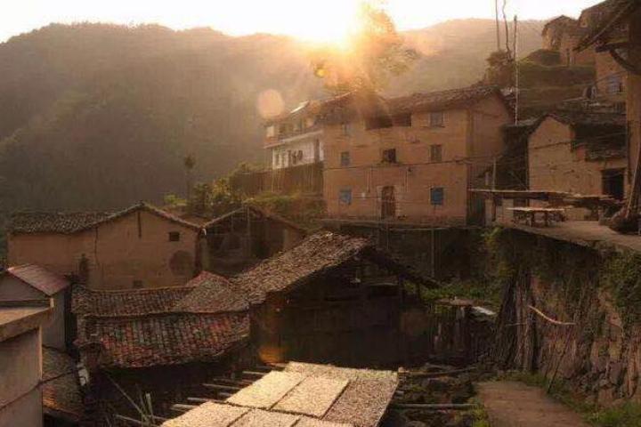 来江浙最高村看满天星辰 夜色太撩人图片