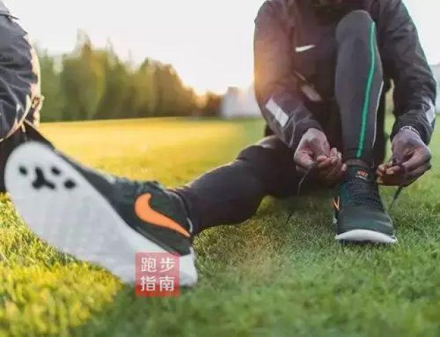 新加坡金沙娱乐:晨跑好还是夜跑好?到底何时跑步最健康
