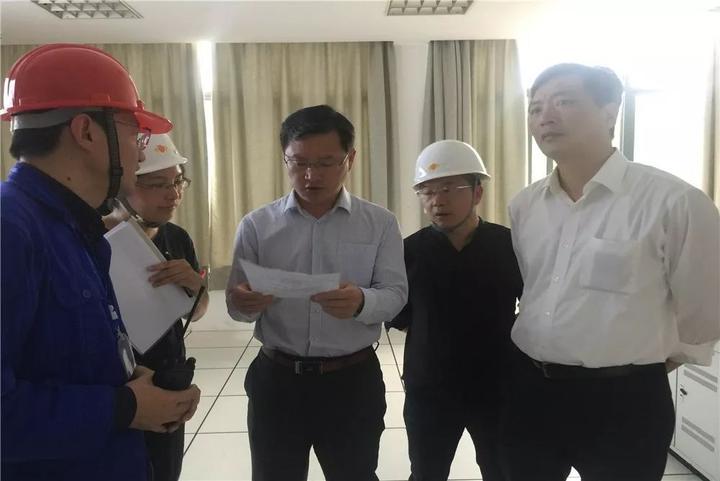 潘军明县长带队检查安全生产工作