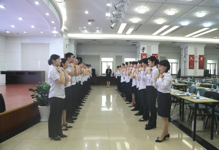 金华成泰农商银行赴婺城东店村新春慰问
