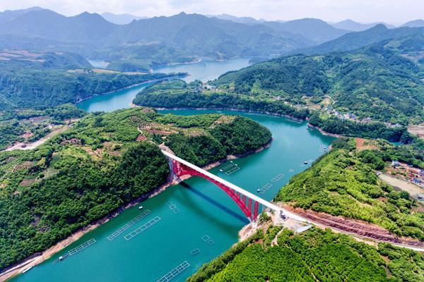 乌溪江大桥.jpg