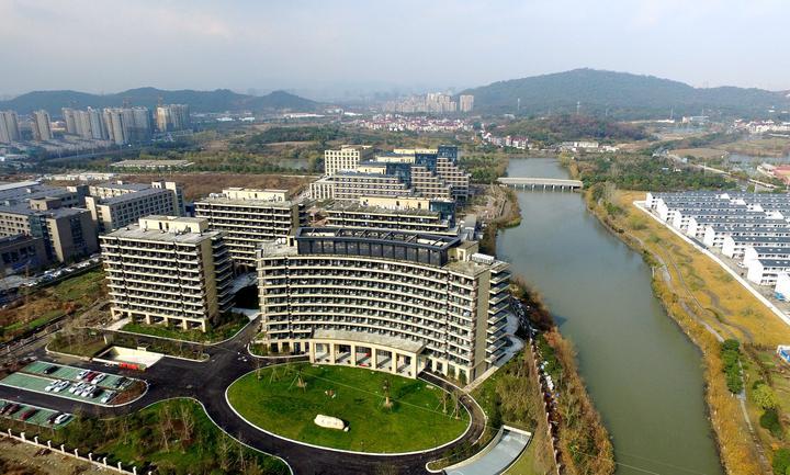 2016年12月27日,杭州最大的公建民营养老机构阳光家园投入使用。记者 董旭明 张迪 摄.jpg