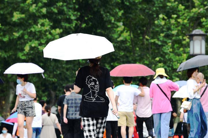 新一轮雨水又来了(里尔摄影)2.jpg