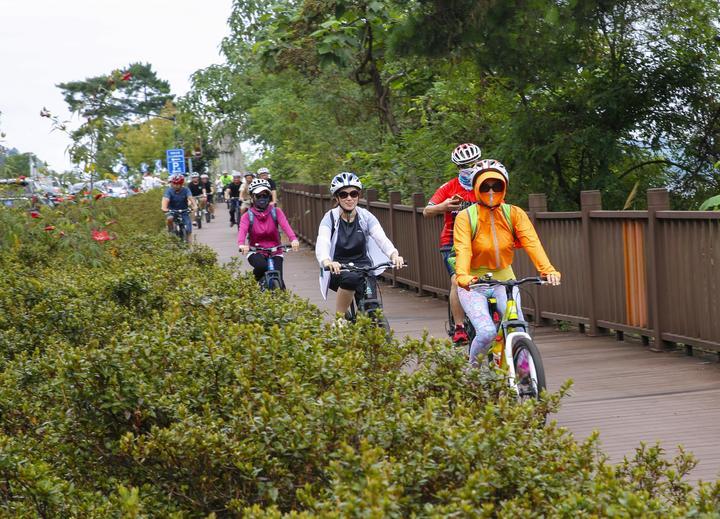 淳安:全民健身日骑行千岛湖