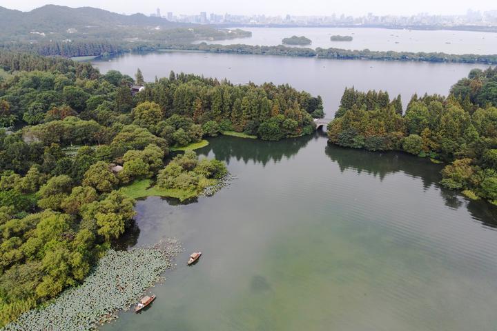 西湖秋色渐入佳境(里尔摄影)4.jpg