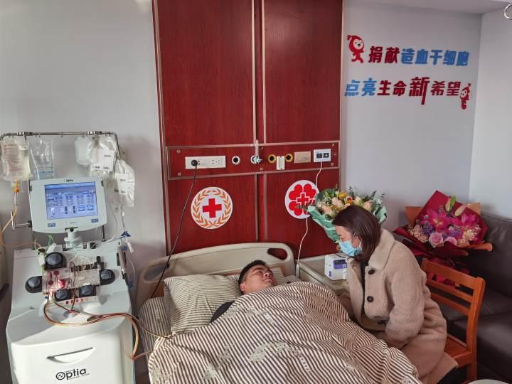 这位杭州男护士成功捐献造血干细胞:我履行了13年前的承诺