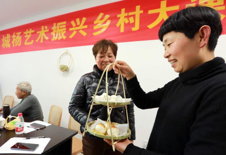 艺术振兴乡村大课堂,让村民对自己手工品更有信心IMG_3001.JPG