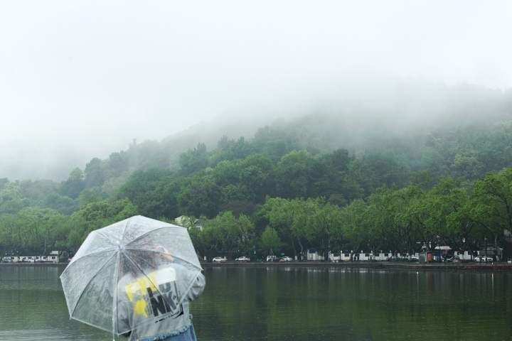 雨雾西湖亦梦幻(里尔摄影)5.jpg