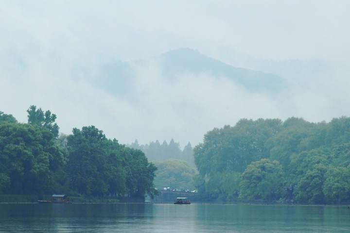 雨雾西湖亦梦幻(里尔摄影)6.jpg