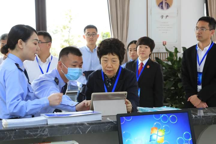 中央督导组实地考察温州平阳县政法一体化办案中心4.JPG