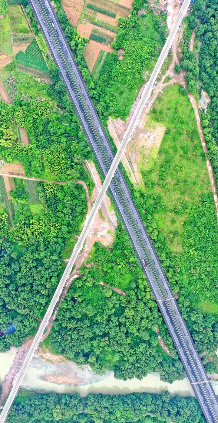金台铁路2.jpg