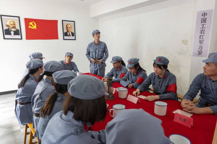 (要闻·分社为浙江新闻7周年庆生) 宁波这堂用沉浸式党课为浙江新闻庆生